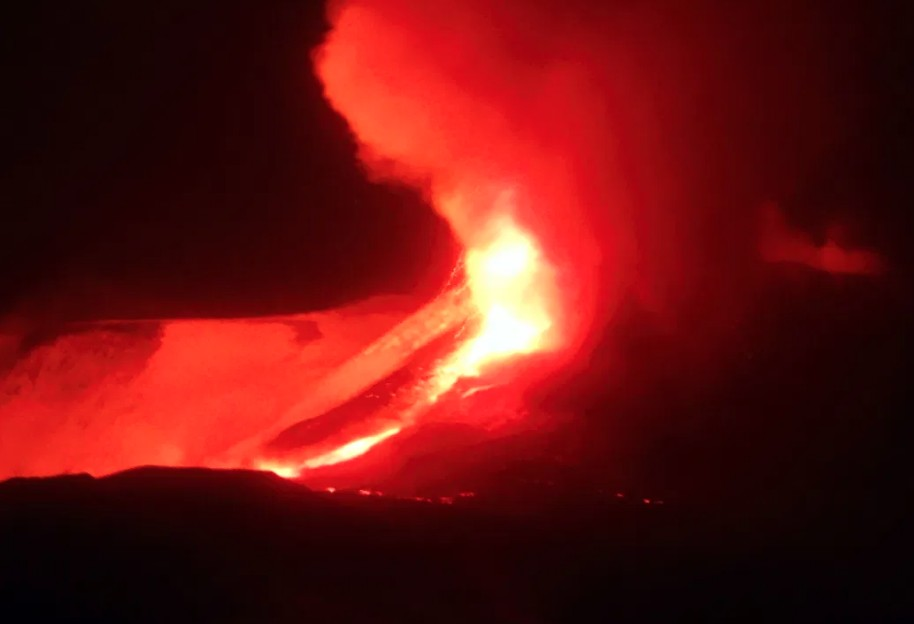 ETNA VOLCANO ERUPTION - CREDIT INGV